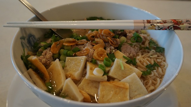 thajský pokrm