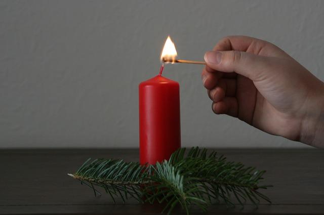 větvička u svíčky