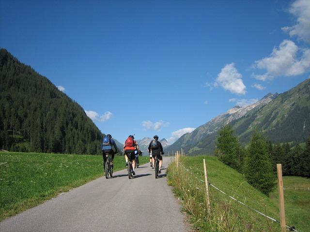 cyklostezka v horách